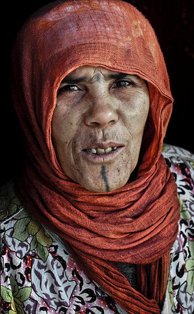 Portrait of a local woman in Azemmour.  Morocco, 2010