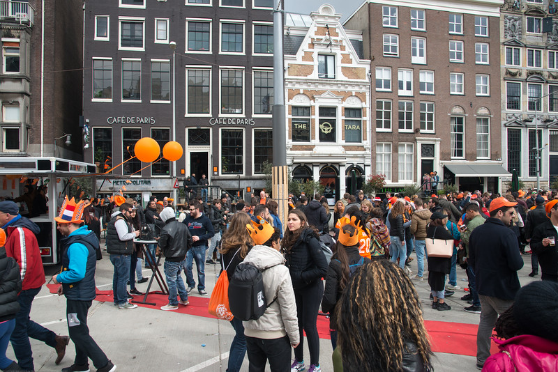 King's Day (formerly Queen's Day) festivities throughout the city, professional street performers vie for attention. There are pick-up bands, aspiring opera singers, teenage rappers and street discos. Rio-style drum bands have been very popular the past few years.<br /> <br /> In the past, huge concerts were organized at various locations in the city, such as Dam square, Rembrandtplein and Museumplein.