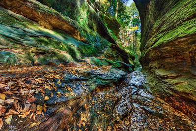 Water cutting through the rocks