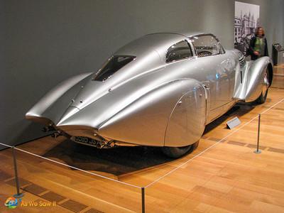 "1937 Hispano-Suiza H-6C ""Xenia"" Coupe rear"