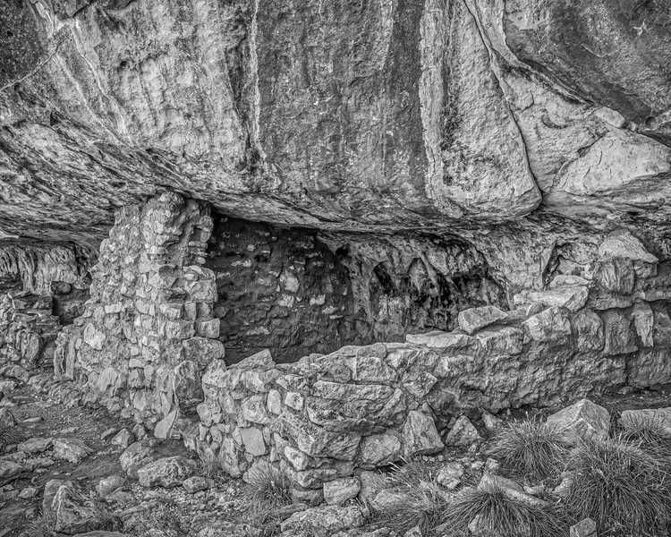 Ancient cliff dwelling at Walnut Canyon (monochrome)