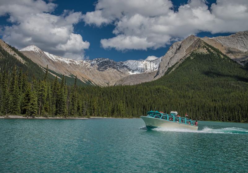Lake Maligne tour boat