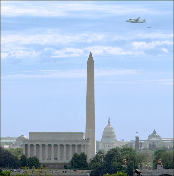 Space Shuttle over Washington