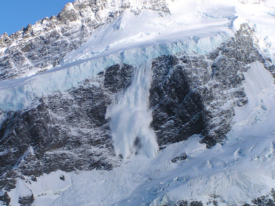 Avalanche, Mount Sefton