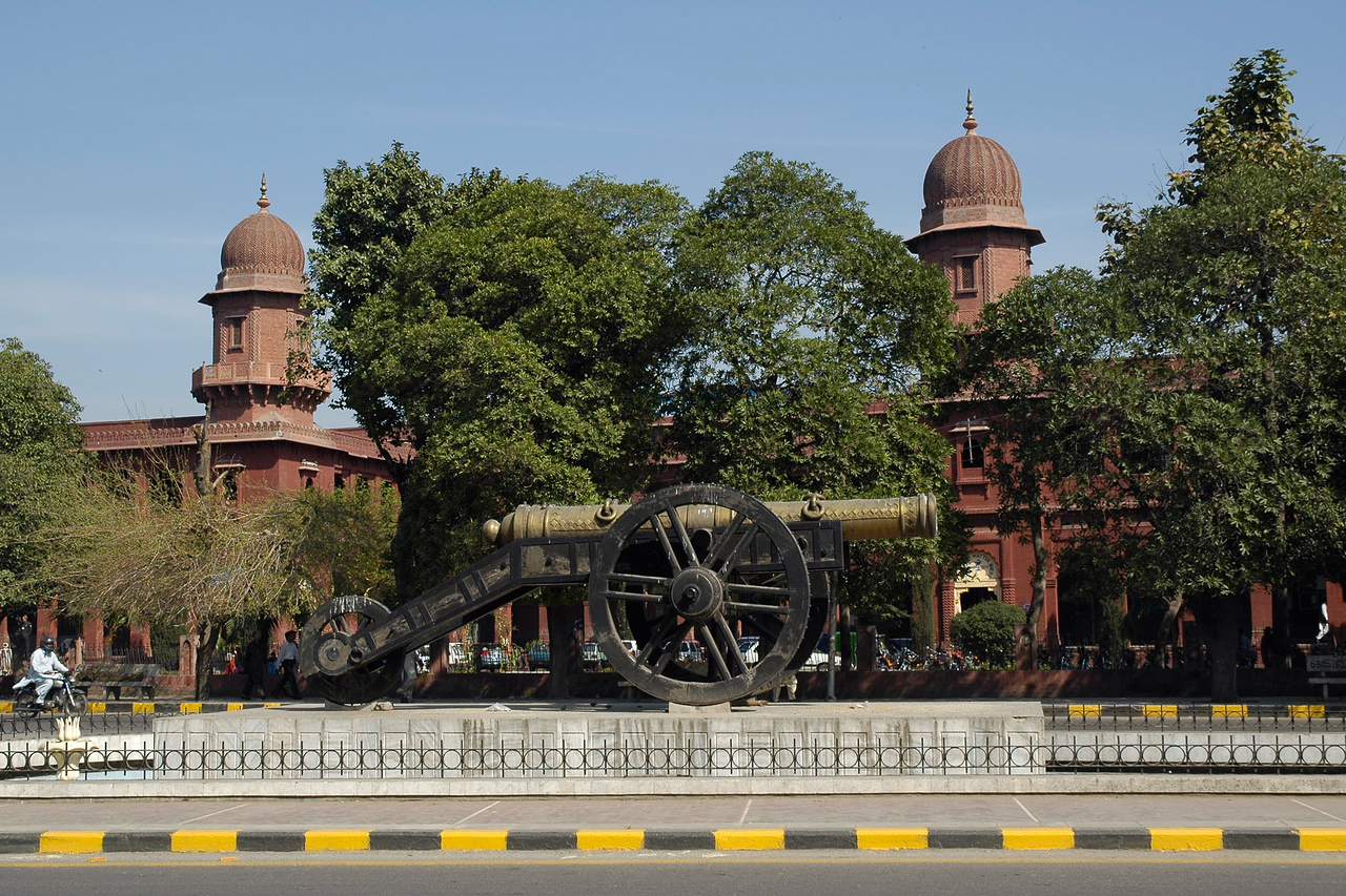 Lahore Museum was established in 1894 in Lahore, Pakistan, and is one of the major museums of South Asia. Lahore Museum is also known as Central Museum, and is located on The Mall. <br /> <br /> Rudyard Kipling's father John Lockwood Kipling, was one of the famous curators of the museum and the novel Kim was set in the vicinity of the Lahore Museum. Over 250,000 visitors came to it in 2005. It is located opposite the old University Hall, a Mughal-style building on the Shahrah-e-Quaid-e-Azam. The Museum contains some fine specimens of Mughal and Sikh door-ways and wood-work and contains a large collection of paintings dating back to the Mughal, Sikh and British eras.<br /> <br /> Apart from the collection of musical instruments, ancient jewellery, textiles, pottery and armory it was amusing to see shell and other weapons used in the Indo-Pak war on display. There are also relics from the Graeco-Bactrian times as well as well as some Tibetan and Nepalese work. The other interesting thing was that the museum has a number of objects of Greco-Buddhist sculptures, Mughal and Pahari paintings on display. The Fasting Buddha is one of the unique collections of the museum. Considering that its believe that there is less tolerance to other religions, it was refreshing to see these items.