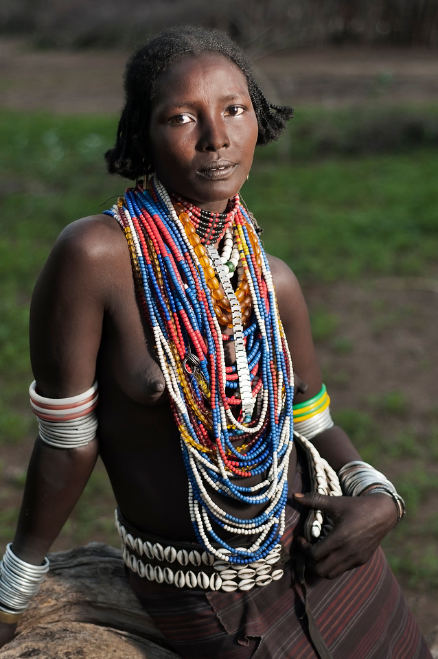 Married woman from the Arbore tribe.