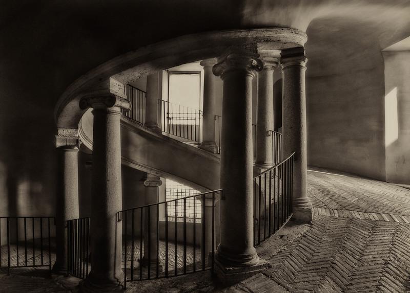 Bramante Double Staircase - Black & White