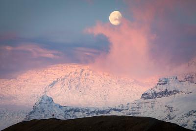 Moonset and Sunrise over Jokulsarlon Glacier