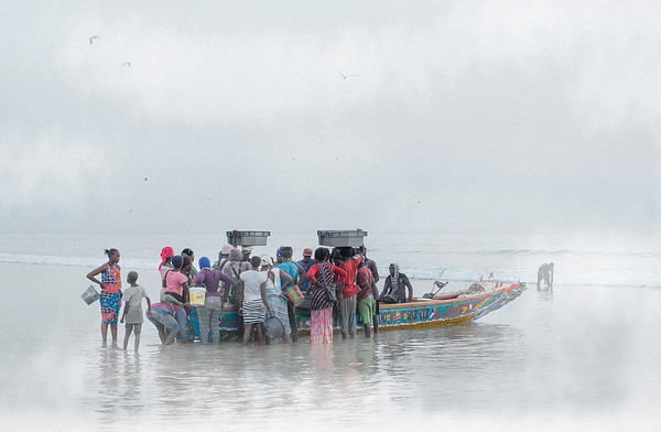 An estimated 52,000 artisanal fishermen use about 10,000 fishing vessels of which about 90% are motorised. A further 7,000 fishermen work in inland waters, particularly the Senegal River.   Casamance, Senegal, 2020