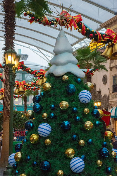 Christmas decoations. Universal Studios Singapore is a theme park located within Resorts World Sentosa on Sentosa Island, Singapore. It has since attracted more than 2 million visitors in the 9 months from its opening.