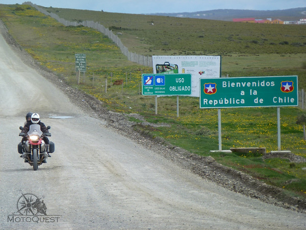 f39d6bd8 Above: Bill (not to be confused with Bill of Detroit) and Coo ride their  BMW R1200 GS motorcycle, coming from Chile, across the Chilean/Argentine  frontier ...