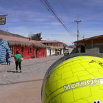 MotoQuest - Schuberth in a small Peruvian village