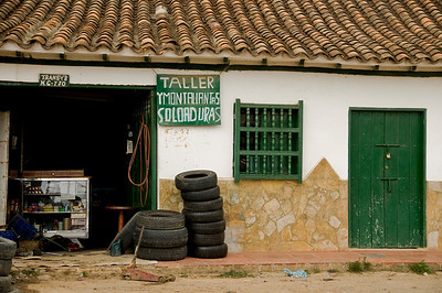 A car shop ready for business.
