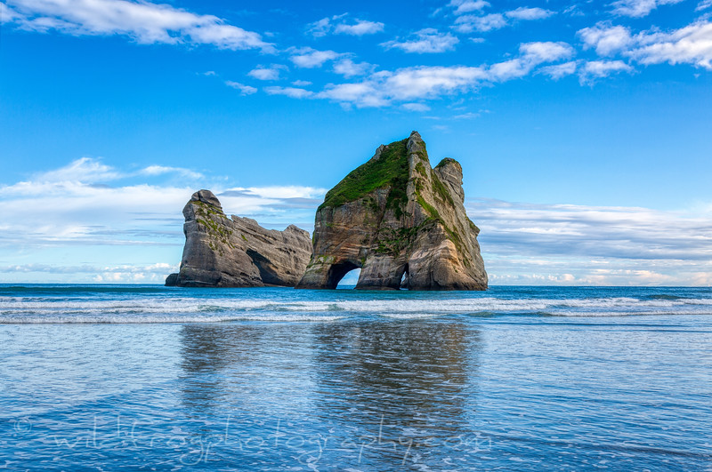 Archway Islands, Wharariki Beach NZ