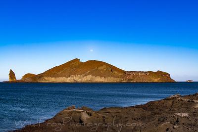 Pinnale Island at sunset