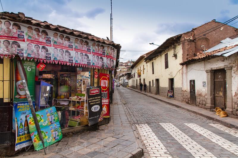 Corner store, Cusco