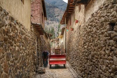 Streets of Ollantaytambo,Peru