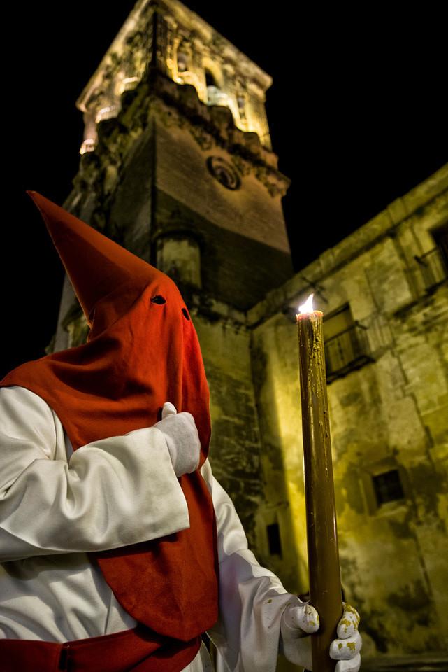 Penitente, during Spain's Easter celebrations. <br /> <br /> Arcos de la Frontera, Andalucia, Spain, 2014