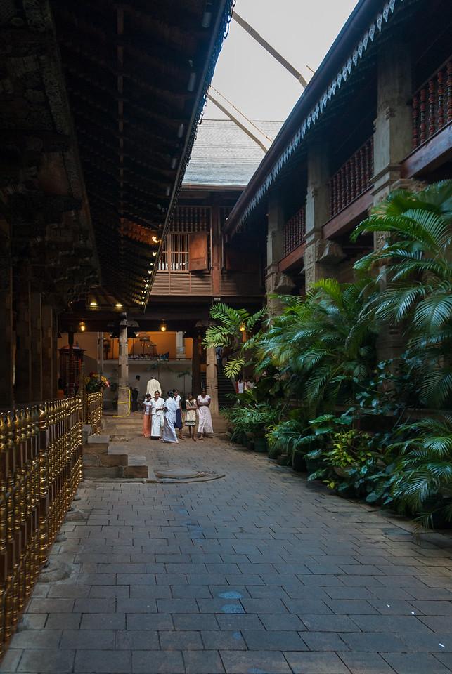 Sri Dalada Maligawa, Sri Dalada Veediya, Kandy 20000, Sri Lanka