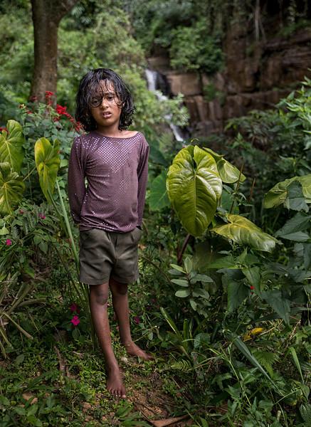 sri lankan young girl naked photo