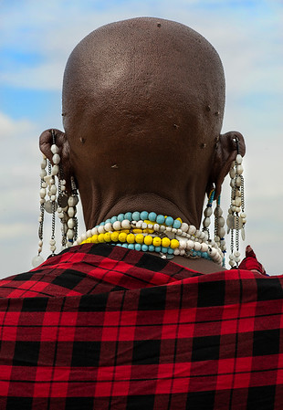 Maasai society is strongly patriarchal in nature, with elder men, sometimes joined by retired elders, deciding most major matters for each Maasai group. A full body of oral law covers many aspects of behavior. Formal execution is unknown, and normally payment in cattle will settle matters. An out-of-court process is also practiced called 'amitu', 'to make peace', or 'arop', which involves a substantial apology.