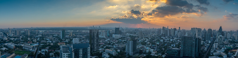 Panoramic 360º view from Octave Rooftop Lounge & Bar of Bangkok Marriott Hotel Sukhumvit, Bangkok, Thailand located on the 45th floor. This luxury hotel is set in the posh Thonglor district.
