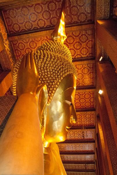 Reclining Buddha,<br /> Wat Pho, Bangkok, Thailand.