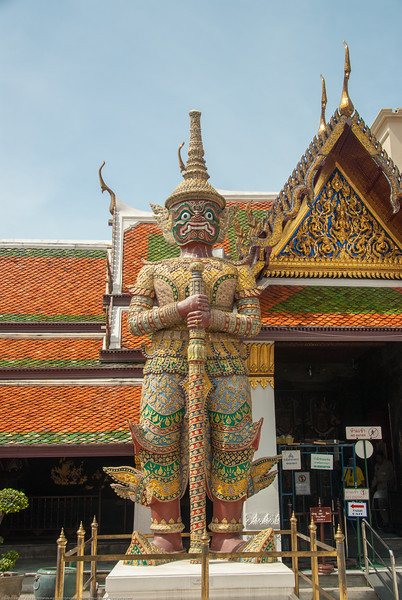 Bangkok, Thailand. <br /> Large landmark temples (Wat) offering serene grounds with the giant & famous reclining Buddha, historic art & statues.
