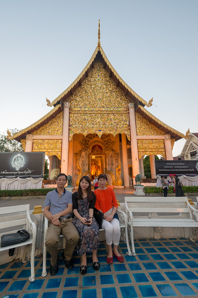 Tourists at Wat Chedi Luang (วัดเจดีย์หลวง) (temple of the big stupa or temple of the royal stupa). <br /> Wat Chedi Luang is a Buddhist temple in the historic centre of Chiang Mai, Thailand. The current temple grounds were originally made up of three temples — Wat Chedi Luang, Wat Ho Tham and Wat Sukmin. Chiang Mai, Thailand.