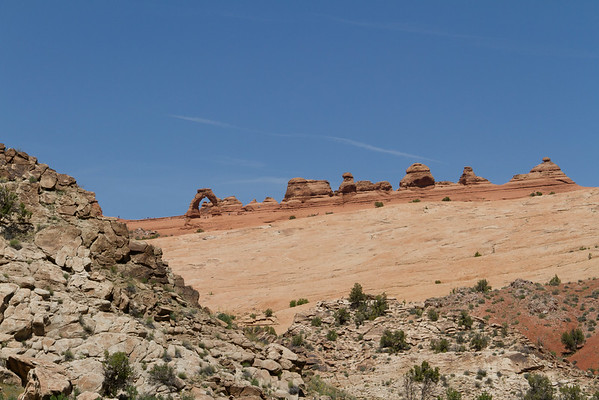 Delicate Arch (leftmost feature among the distant features).