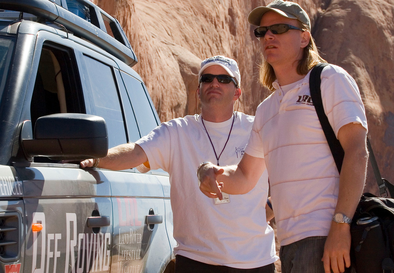 Doug Evilsizor (Land Rover Lifestyle magazine) and Adam Spiker plan their accent of Lions Back.  Doug is on the right.