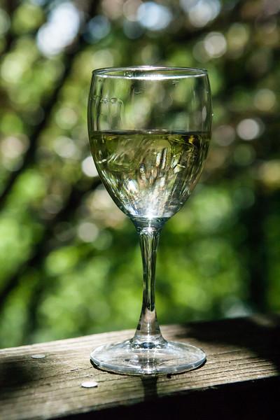 Some delicious Pearmund chardonnay before dinner. <br /> <br /> The Inn at Vaucluse Spring. Stephens City, Viriginia. May 2015, digital.
