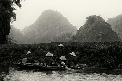 Women working in the rise paddies.  Ninh Binh, Vietnam, 2008.