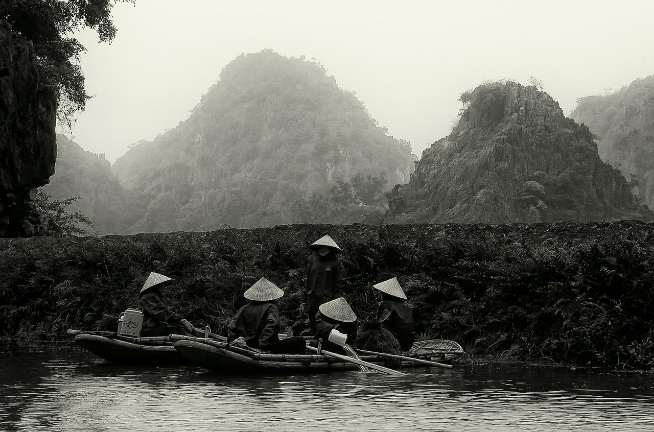 Women working in the rise paddies.<br /> <br /> Ninh Binh, Vietnam, 2008.