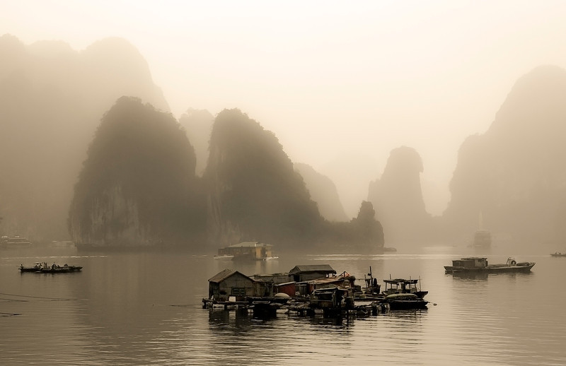 "500 years ago, Nguyen Trai praised the beauty of Ha Long Bay in his verse Lộ nhập Vân Đồn, in which he called it ""rock wonder in the sky"". Even though Ha Long Bay has an area of around 1,553 km2, no one is allowed to make there home on land. Instead people live on floating houses, sometimes as part of a floating village and use boats for transport."