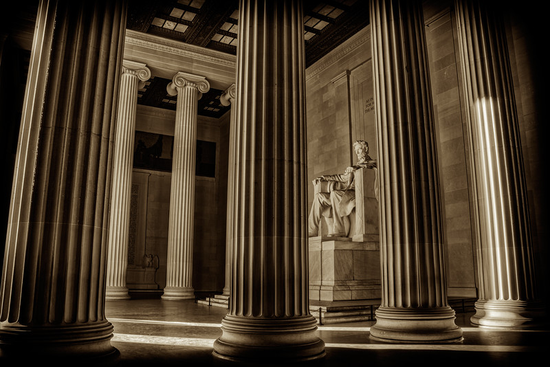Lincoln Memorial Pillars (black & white)