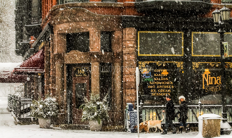 Nina's Coffee Shop