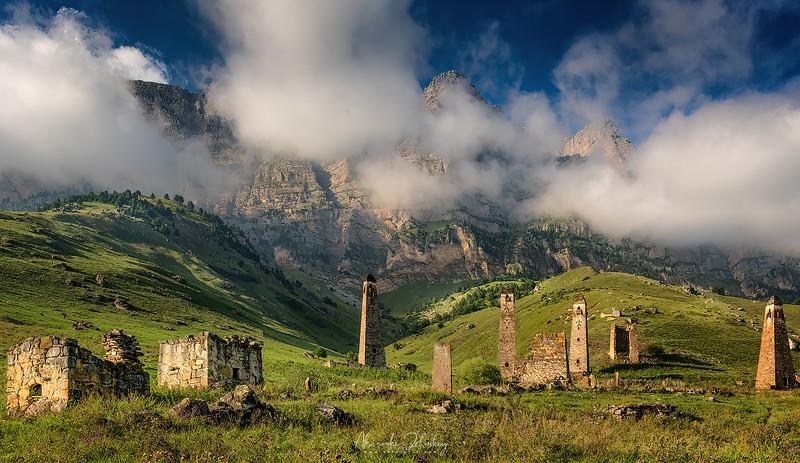 The Towers of Niy village (XIV-XVIII)