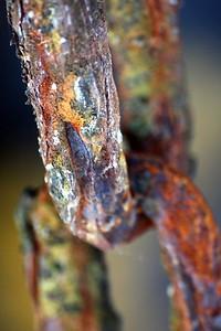 129 Rusty chain