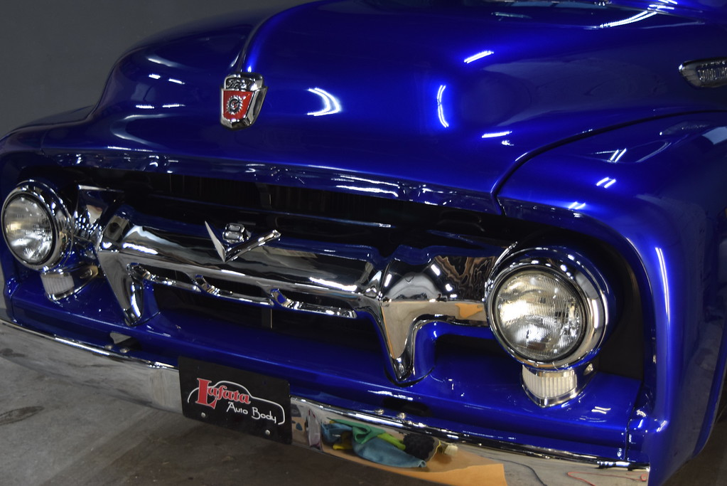 . The chrome grill featured on Eric Lafata\'s 1954 Ford F100.