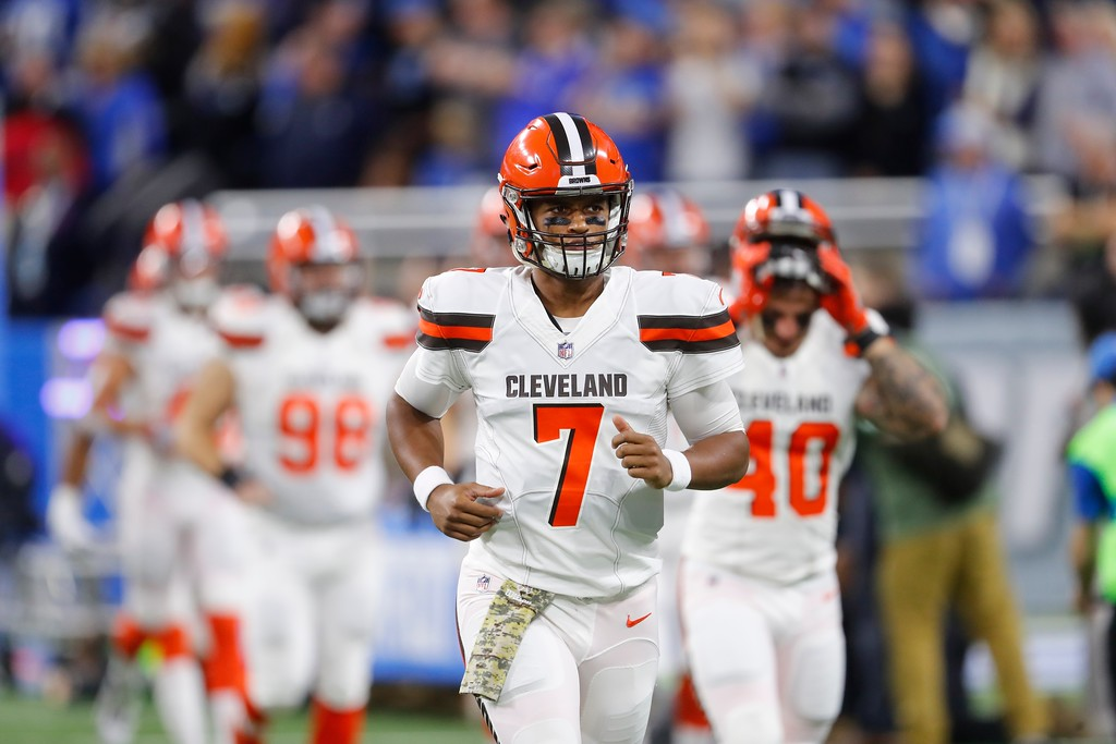 . Cleveland Browns quarterback DeShone Kizer (7) and team run onto the field before the first half of an NFL football game against the Detroit Lions, Sunday, Nov. 12, 2017, in Detroit. (AP Photo/Paul Sancya)