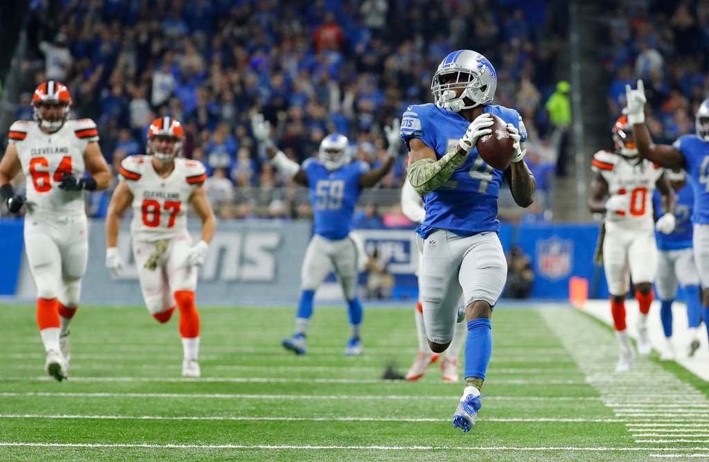 . Detroit Lions cornerback Nevin Lawson (24) recovers a Cleveland Browns fumble and runs for a 44-yard touchdown during the first half of an NFL football game, Sunday, Nov. 12, 2017, in Detroit. (AP Photo/Rick Osentoski)