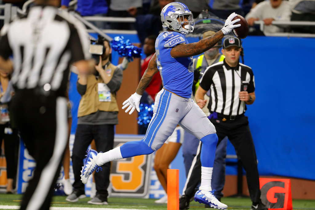 . Detroit Lions tight end Eric Ebron runs into the endzone for a 29-yard reception for a touchdown during the second half of an NFL football game against the Cleveland Browns, Sunday, Nov. 12, 2017, in Detroit. (AP Photo/Paul Sancya)