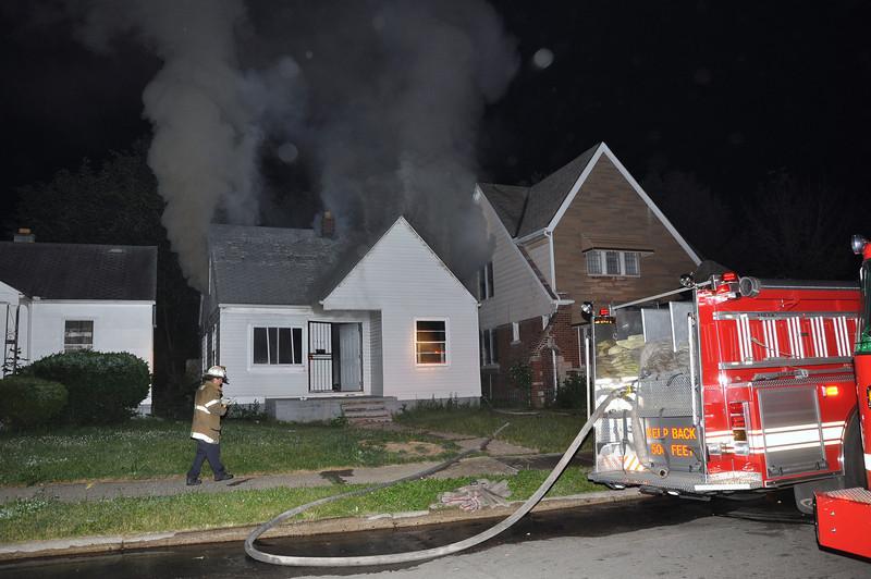 Dwelling Fire/Evanston & Nottingham/2:30 AM/E-58, 50, 46, L23, Sqd. 6, Chief 9. (6-14-09)