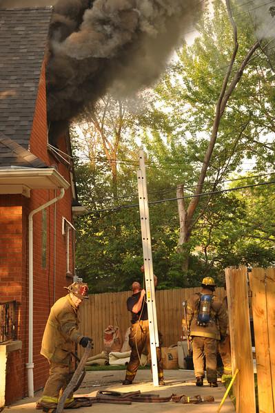 Dwelling Fire-5/27/10-Annapolis & Oakman