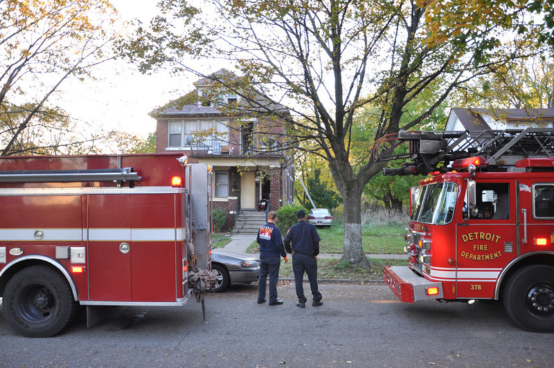 10/16 Box Alarm Dwelling Fire Boxwood and Tireman E34/42, L22, S4, C5