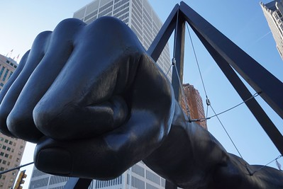 Monument to Joe Louis at the end of Woodward