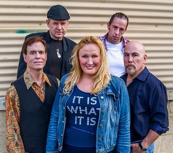 Nikii James Band