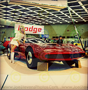 "Detroit Auto Show Photos 1960s & 70s Concept Cars & ""WOMEN MODELS"""