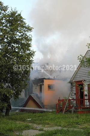 Brock & Glenwood, Vacant dwelling extended to occupied house